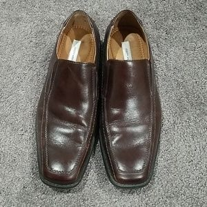 Brown mens dress shoes